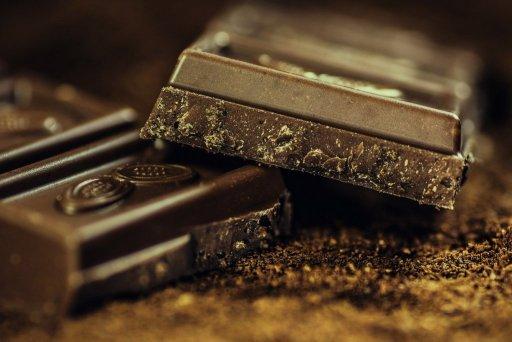Le chocolat noir dans le top 5 des aliments à privilégier pour avoir la pêche