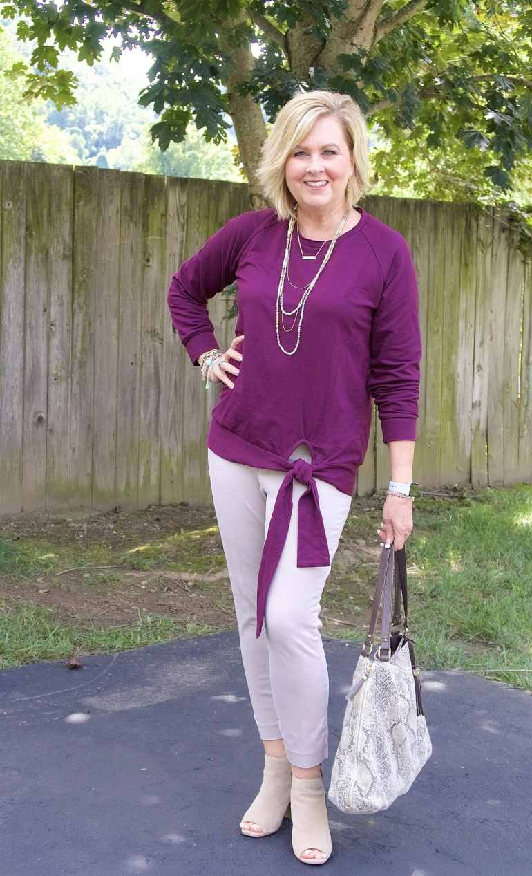 50 IS NOT OLD | HOW TO MAKE A SWEATSHIRT LOOK FASHIONABLE | FASHION OVER 40