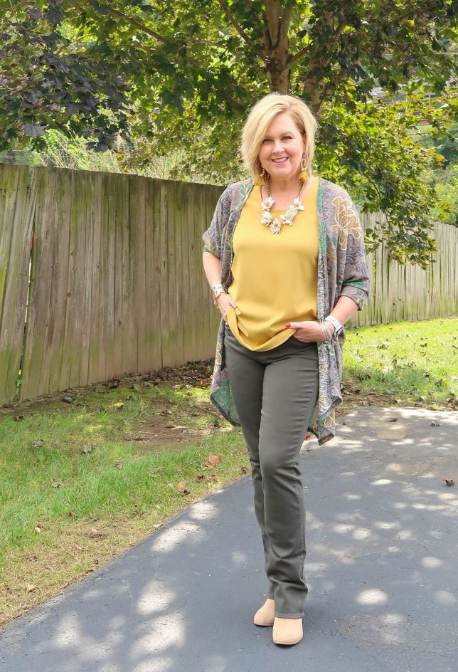 50 IS NOT OLD | HOW TO WEAR A CARDIGAN | FASHION OVER 40