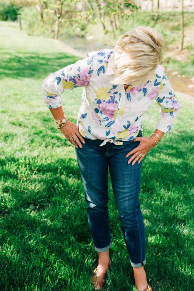 50 IS NOT OLD | A SPRING AND SUMMER CASUAL OUTFIT | FASHION OVER 40