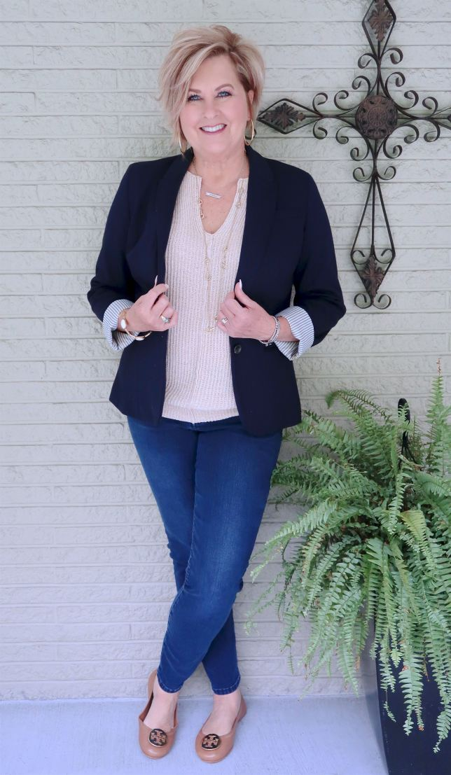 50 IS NOT OLD | WEARING FLATS WITH SKINNY JEANS | FASHION OVER 40