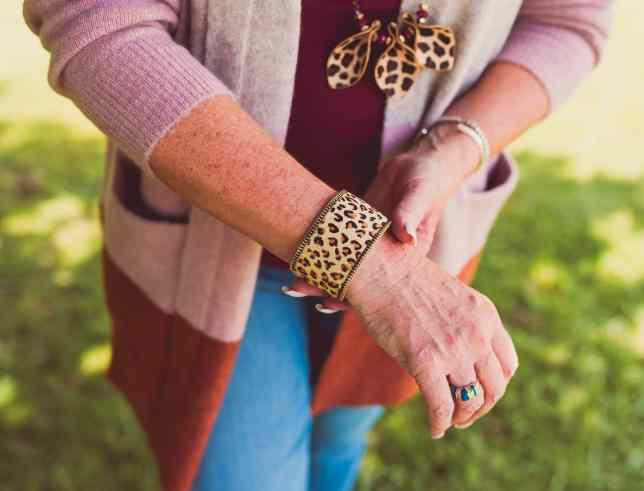 50 IS NOT OLD | HOW TO WEAR THE COLOR BLOCK TREND | FASHION OVER 40
