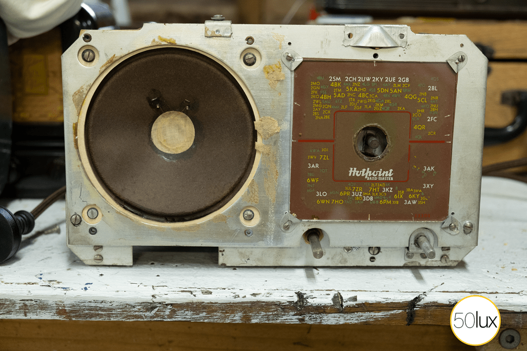 Chassis without speaker grill