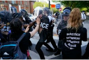 D.C Protesters apprehended, many Secret Service officers injured after confrontational weekend in D.C - 20200531 200302 1 300x203 - Protesters apprehended, many Secret Service officers injured after confrontational weekend in D.C Protesters apprehended, many Secret Service officers injured after confrontational weekend in D.C - 20200531 200302 1 300x203 - Protesters apprehended, many Secret Service officers injured after confrontational weekend in D.C
