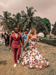 Fashion Designer @Theonlychioma Rocks her wedding With Ankara Wedding Dress: Nigerians Reacts ankara wedding dress - EtClARiXUAA3d6f 225x300 - Fashion Designer Rocks her wedding With Ankara Wedding Dress: Nigerians Reacts ankara wedding dress - EtClARiXUAA3d6f - Fashion Designer Rocks her wedding With Ankara Wedding Dress: Nigerians Reacts
