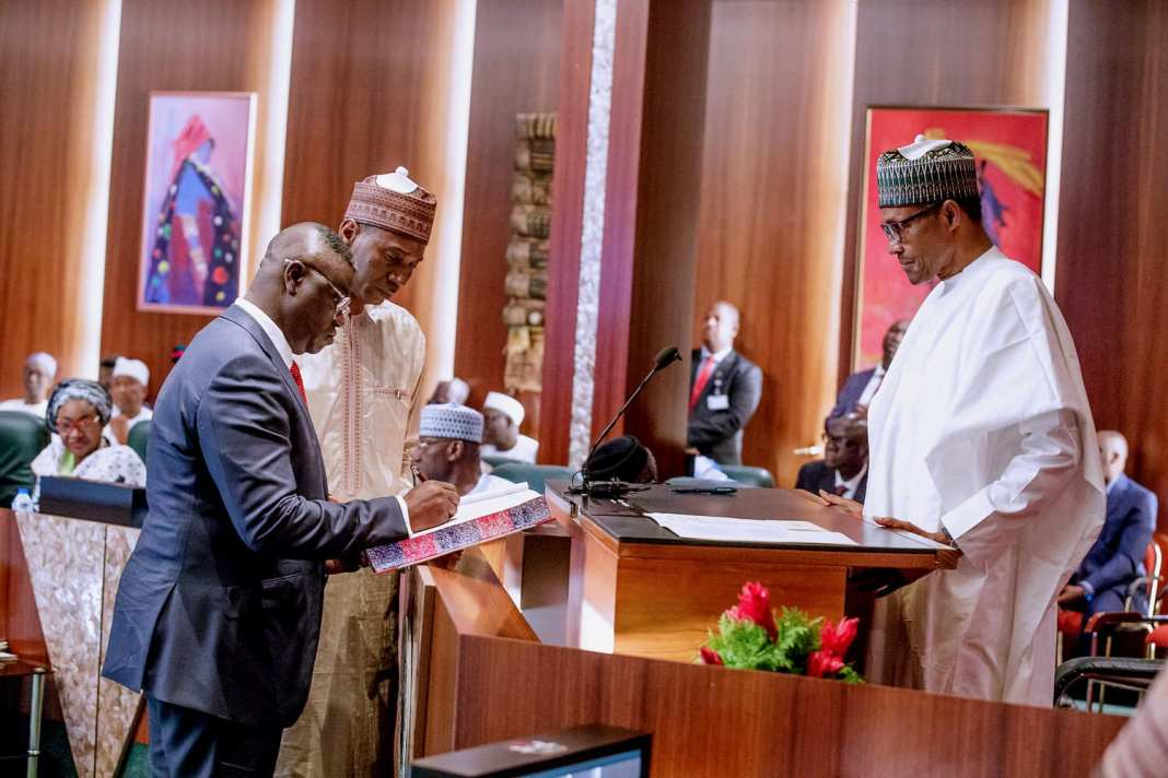 - 118146881 361282441927666 1446957408203285501 o - Stakeholders Rate Clem Agba High Amongst Buhari's Ministers