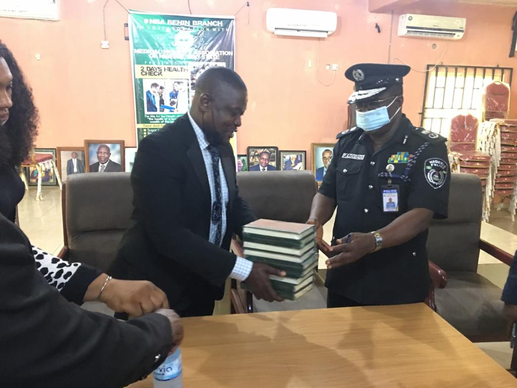 edo - c - Edo CP undertakes to provide security to any Mall, Supermarket or Pharmacy that will operate till late as provided for by Law.