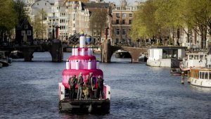 netherlands celebrates 20th anniversary of gay weddings - 849525 01 02 1 969096 1617279409 300x169 - The Netherlands celebrates 20th anniversary of gay weddings