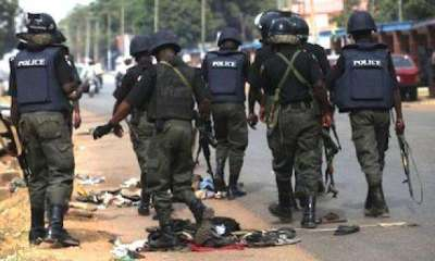 IGP Special Squad Arrest 9 Suspects and 6 youths Over The Destruction of Fulani Herdsmen Camp In Kwara Communities igp special squad - Mopol - IGP Special Squad Arrest 9 Suspects and 6 youths Over The Destruction of Fulani Herdsmen Camp In Kwara Communities