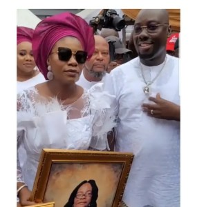 - Screenshot 20210717 082906 1 1 285x300 - Few Lessons Every Nigerian Should Learn From What Happened At Obi Cubana's Mother's Funera Ceremony