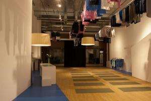 Wie aus dem Kleiderladen ein Yoga Studio wird