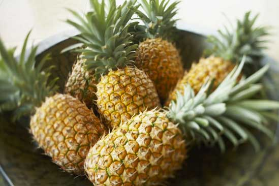 pineapple, how to pick