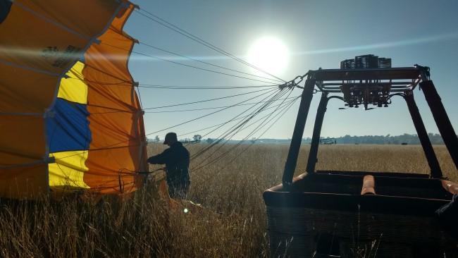 Graeme Day expert balloon pilot