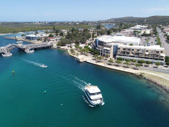 Lake Macquarie cruises
