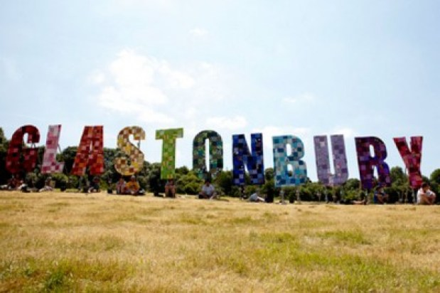 glastonburry118artsbeat-vally-blog480