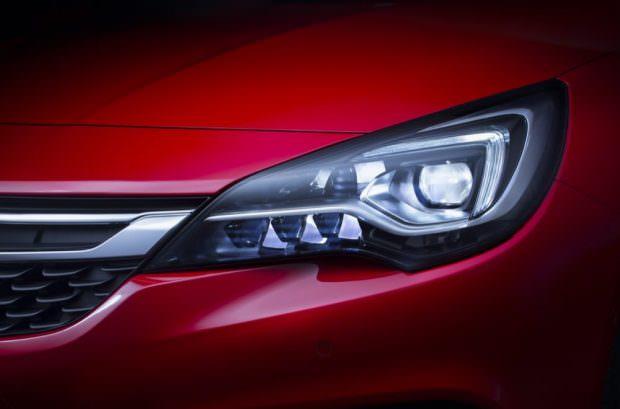 Opel IntelliLux