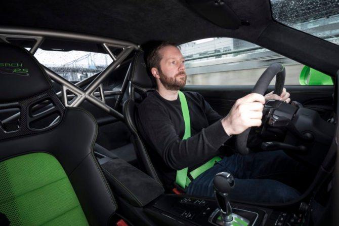 Porsche 911 GT3 RS driving