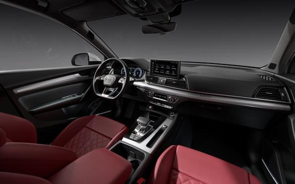 Audi SQ5 2021 interior