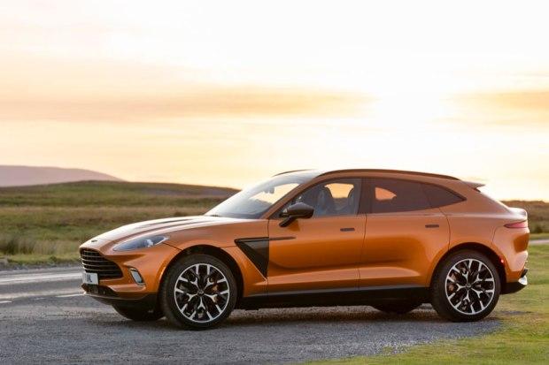 Aston Martin DBX side