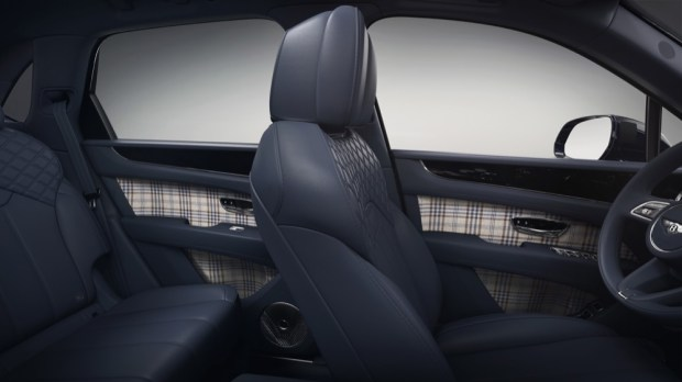 Mulliner Personal Commissioning Guide blue