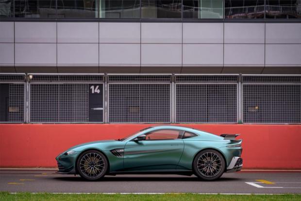 Aston Martin Vantage F1 Edition side