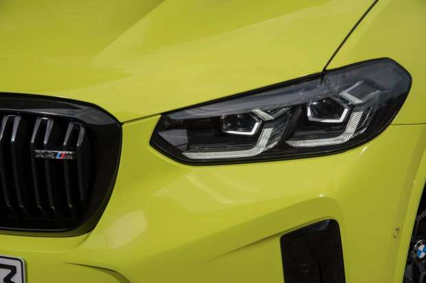 BMW X4 M Competition lights