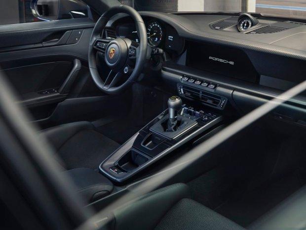 992 Porsche 911 GT3 Touring interior