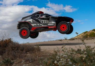 Audi RS Q e-tron main