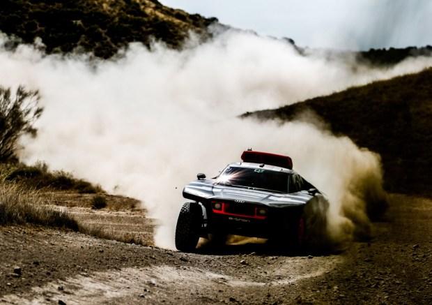 Audi RS Q e-tron test