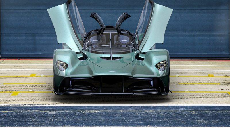 Aston Martin Valkyrie Spider main