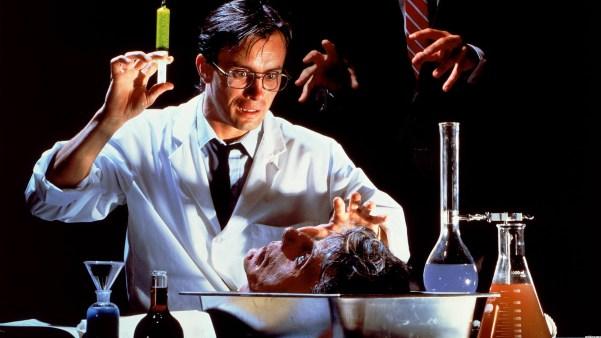 re-animator-505ab154e9daf - Αντίγραφο