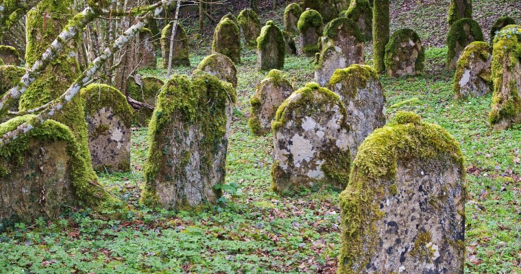 The Most Unusual Upstate New York Grave [PHOTO]