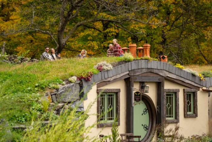 There's a Hobbit-Themed Airbnb in Vermont You Can Rent