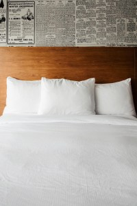 Lismore Hotel bed