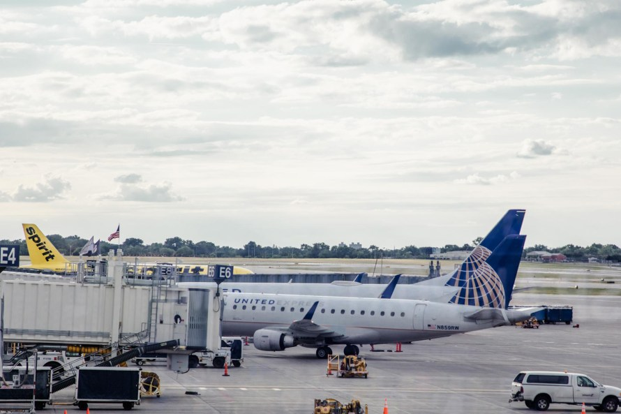 United airlines planes at a gate