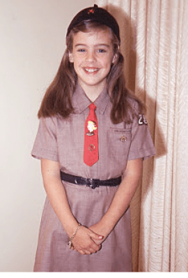 Joan brownie outfit
