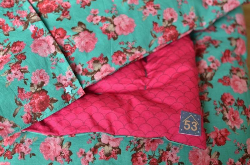 couverture-fleurie-et-taie-doreiller