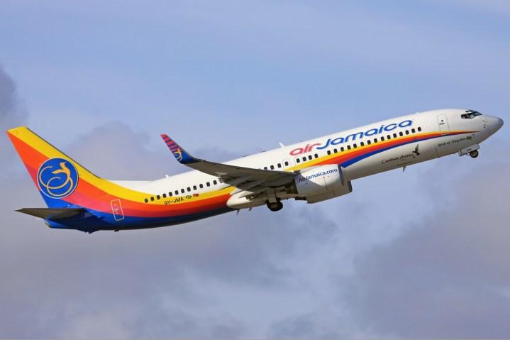 Air_Jamaica_Boeing_737-800_Heisterkamp