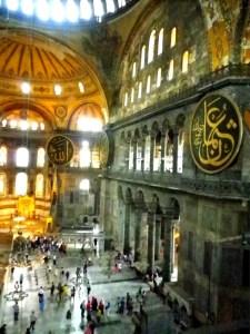 イスタンブールのアヤソフィア(ハギヤソフィア)博物館