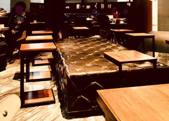 ドトールコーヒーショップあれは品川店のソファー席