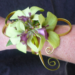 FW Exclusive Bracelets for Homecoming Created By Flowers Washougal