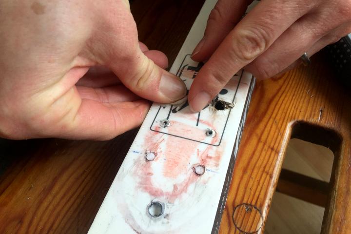 58 Grad Nord - Kungsleden im Winter - Bindung mit Kaugummi reparieren