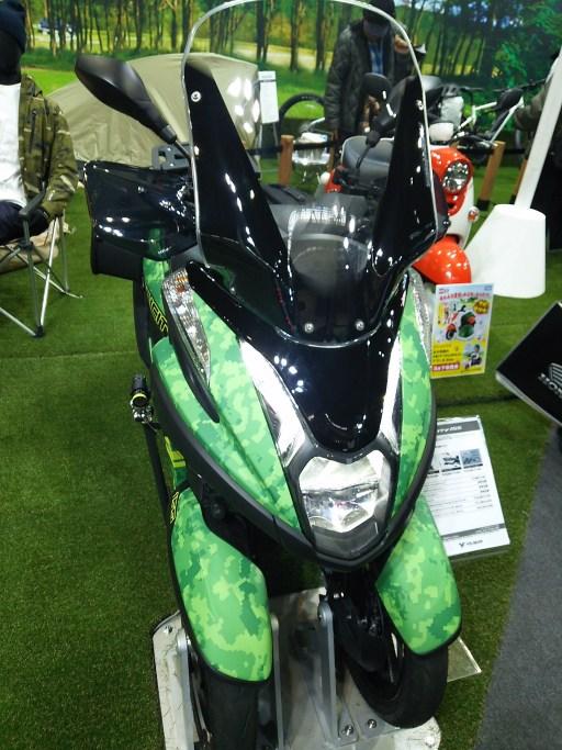 大阪モーターサイクルショー2019のトリシティ