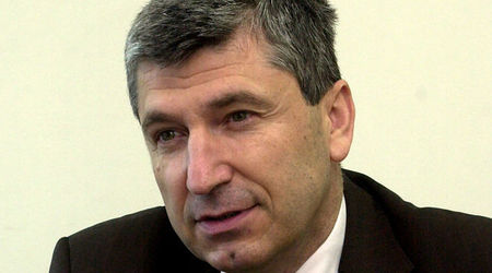 """Илиян Василев: Спирането на """"Южен поток"""" е началото на земетръси"""