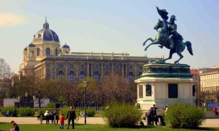 Австрия обяви, че ще приема сирийски бежанци само ако са християни, жени или деца