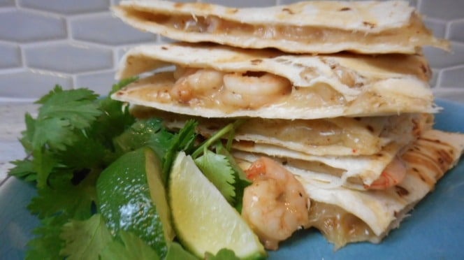 shrimp quesadillas - 15 minutes from fridge to table | 5dinners1hour.com