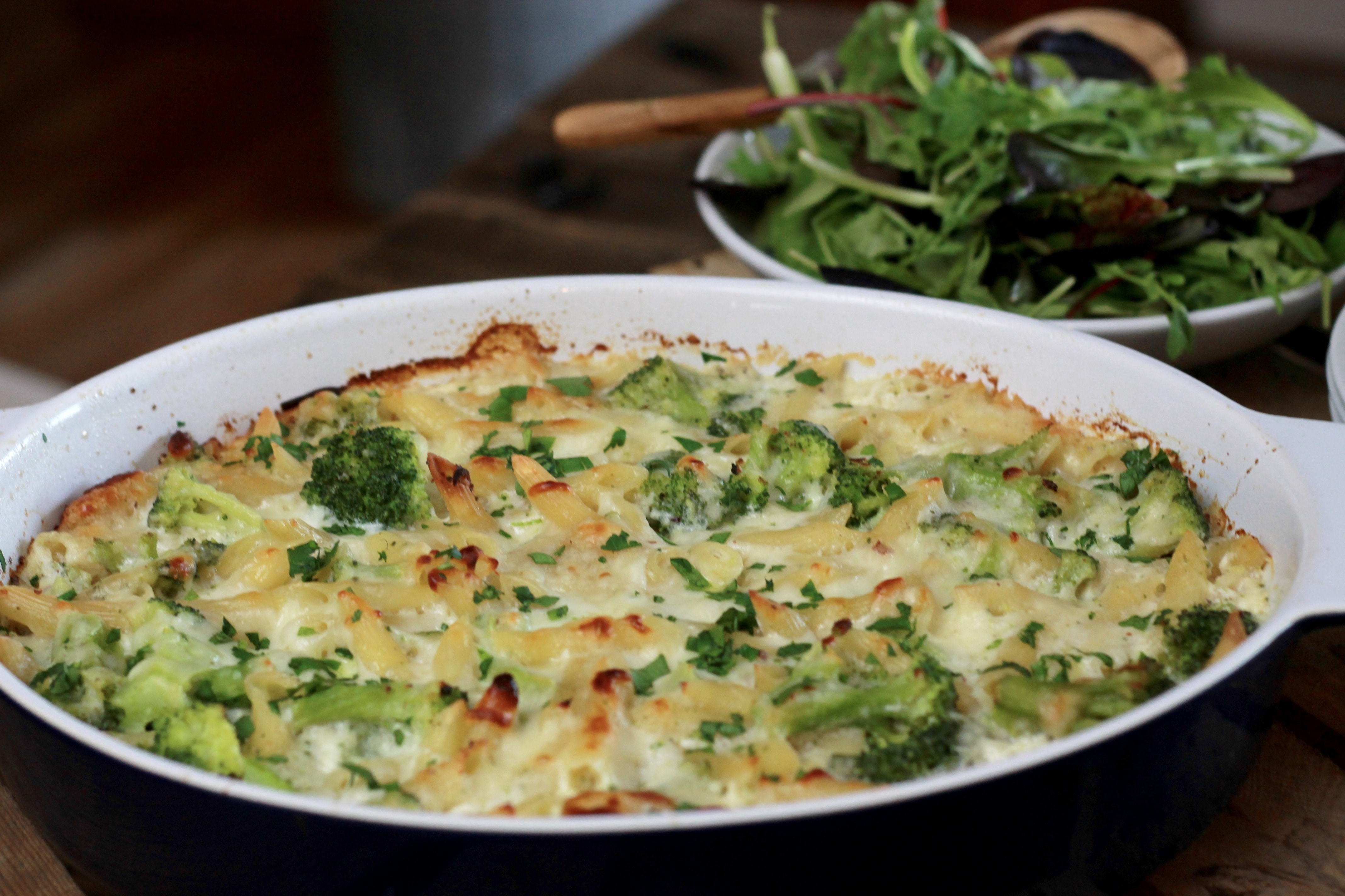 Check out this NO BOIL, Baked Broccoli Penne!!!   5dinners1hour.com