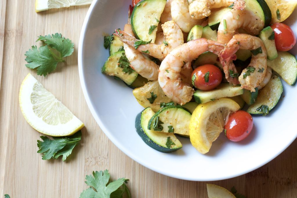 One Pan Roasted Shrimp dinner made with whole food ingredients. super easy clean eating. | 5dinners1hour.com