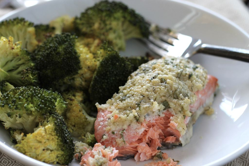 You got to try this Keto Low Carb Parmesan Salmon | 5dinners1hour.com
