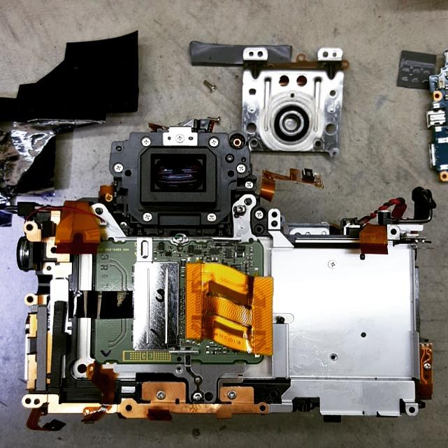 camera repair - disassembled